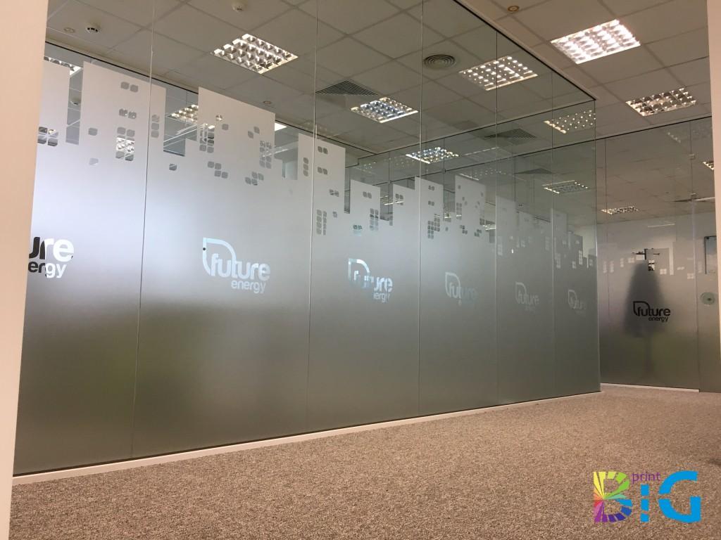 Матиране на витрини http://bigprint.bg/